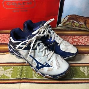MIZUNO wave lightning RX3 athletic navy shoe